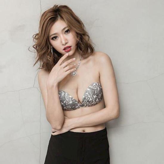 圖片 Show Bra 隱形內衣 變麗貼(花漾蕾絲系列)