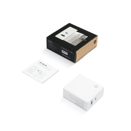 圖片 M2 SQUARE 60W 雙孔 PD+QC Type C 快充充電器 (支援MacBook Pro)