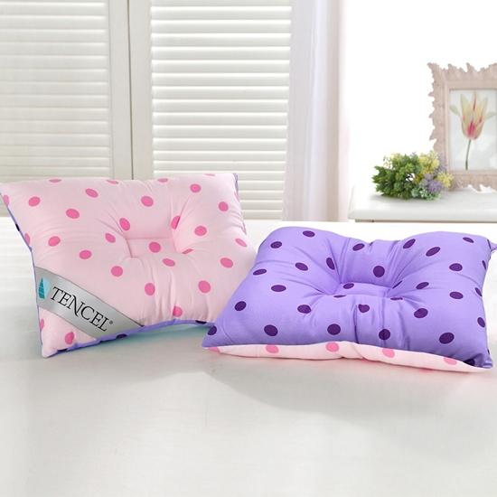 圖片 精靈工廠 頂級天絲雙色點點兒童人體工學保護枕/三色任選(B0631)
